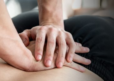 The Pros and Cons of Chiropractic Care